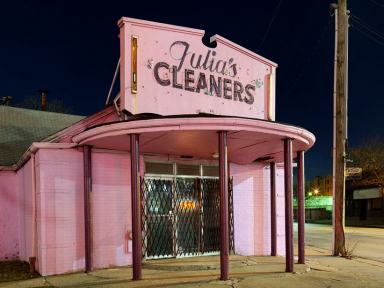 Julias Cleaners Detroit 2016 0869